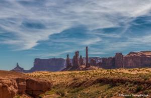 2903 Totem Poles, Monument Valley, Utah