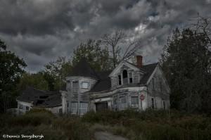 3761 Dilapidated, Abandoned House, Maine