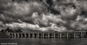 4389 Bridge Over River Shannon, Co, Offaly, Ireland