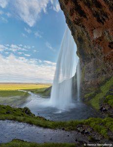 7541 Seljalandsfoss Waterfall, Iceland